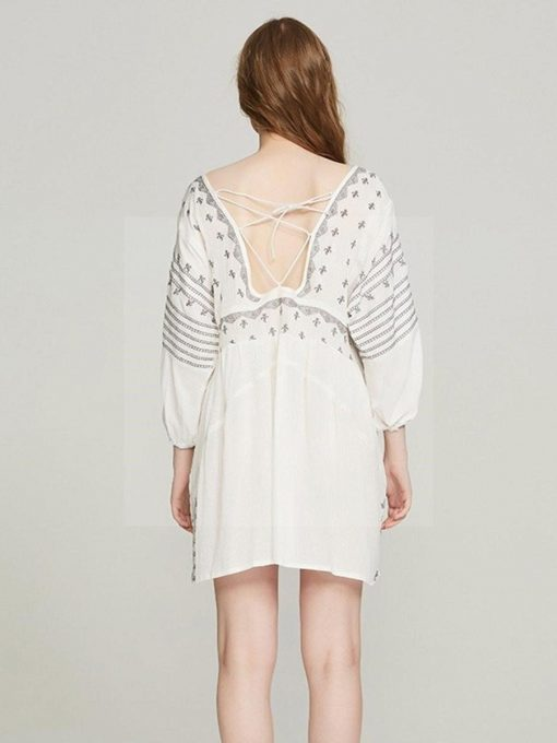Weißes Kleid Hippie Stil